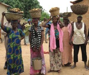 IMG_0104 Digani Women with Mango Seeds.20