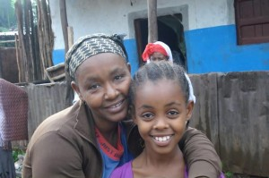 shg woman and daughter
